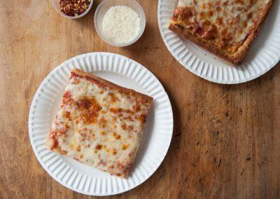 famous-amadeus-pizza-27