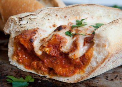 famous-amadeus-pizza-01